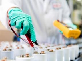 Las nuevas baterías Saft de níquel cadmio triplican la vida de las baterías de plomo-ácido