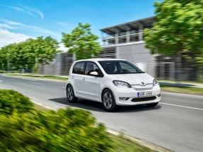 Škoda debuta en la era de la movilidad eléctrica con el lanzamiento de un híbrido enchufable y de un 100% eléctrico