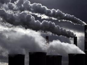 Las plantas actuales de carbón y de gas deberían cerrar en un máximo de diez años