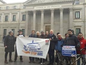 Presentadas en el Congreso 685.000 firmas que piden la salida de España del Tratado sobre la Carta de la Energía