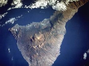 Las energías renovables dejan al gas natural fuera de juego en Canarias