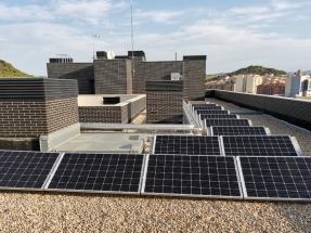 Los vecinos se ponen de acuerdo para instalar energía solar en la azotea