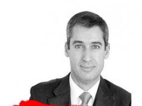 JLL pone a Tomás García al frente de su área de energía e infraestructuras