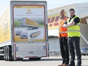 La compañía de logística Deutsche Post DHL Group comienza a recargar sus camiones con energía solar