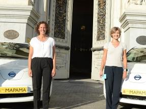 Octubre de 2017, el Ministerio de Medio Ambiente de España presenta sus dos primeros coches eléctricos