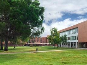 IMF y la Universidad Camilo José Cela se alían para ofrecer un Máster en Energías Renovables