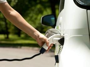 En España ya se venden casi cien vehículos eléctricos al día