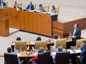 """El socialista Fernández Vara insiste en que Almaraz no cerrará """"mientras no haya una alternativa"""""""