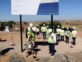 X-Elio inicia la construcción de tres plantas solares fotovoltaicas en Extremadura