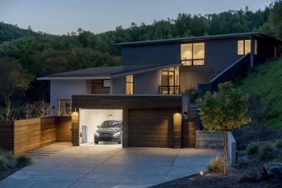EEUU: Mercedes-Benz Energy se une con Vivint Solar para entrar en el mercado residencial fotovoltaico