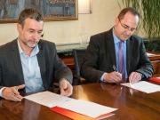 Navarra y Gas Natural firman un acuerdo para paliar la pobreza energética