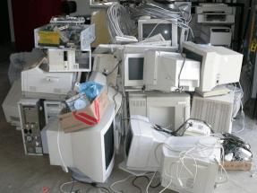 Reutilizar un ordenador es hasta 20 veces más eficiente que reciclarlo