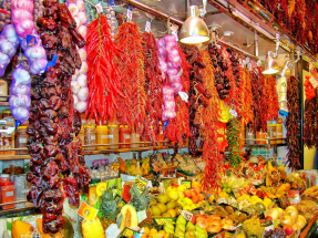 Barcelona Energía promueve el ahorro de energía entre los comerciantes de los mercados municipales