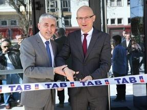 """La multinacional TAB inaugura en Barcelona """"el almacén de baterías más grande de España"""""""