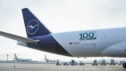 Primer vuelo de mercancías movido únicamente con biocarburante procedente de aceites de cocina usados