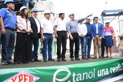 BOLIVIA: Evo Morales inaugura una planta de etanol días después de promulgar una ley que impulsa los biocombustibles