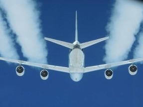 Los biocarburantes en la aviación reducen a la mitad las emisiones de partículas