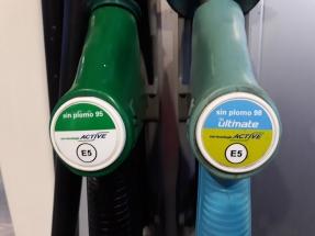 La industria intensifica su campaña para introducir más etanol en las gasolinas