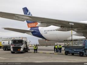 Estudian el uso solo de biocarburantes, sin mezclas con combustibles fósiles, en vuelos comerciales