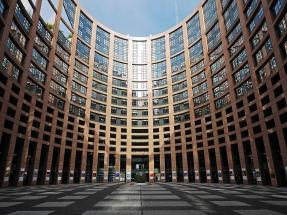 El Parlamento Europeo elimina definitivamente el aceite de palma como biocarburante