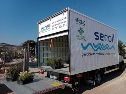 Las Fallas compensan emisiones con plantaciones de árboles transportados en camiones a biometano