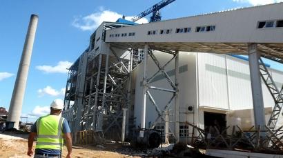 La primera central eléctrica del país alimentada a biomasa a punto de entrar en operaciones