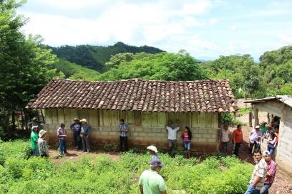 Mejor gestión del bosque y de la energía para llevar electricidad a comunidades rurales de Honduras