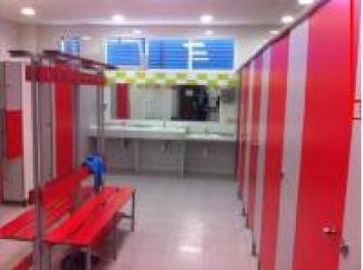 Agua caliente con biomasa para el deporte del sur de Sevilla