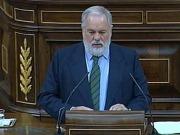 Arias Cañete pide acelerar la aprobación de un marco normativo a favor de la biomasa