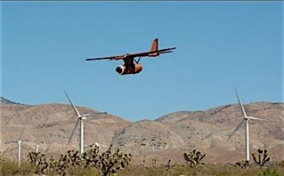 EEUU: Prueban un vehículo aéreo no tripulado para evitar la colisión de aves rapaces con aerogeneradores
