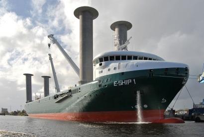 Enercon envía sus turbinas con un barco eólico