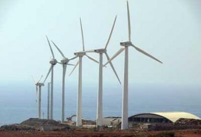 El Gobierno no va a lograr atraer inversores para instalar eólica en Canarias, advierte AEE