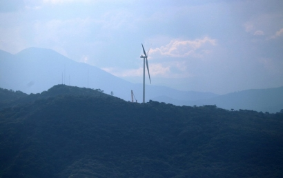 El Salvador pone en marcha su primer parque eólico