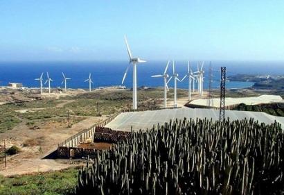 Canarias: donde producir electricidad con combustibles fósiles es hasta un 600% más caro que hacerlo con el viento