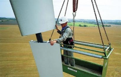 Iberdrola adjudica el mantenimiento de 548 megavatios eólicos a cinco socios de Aemer