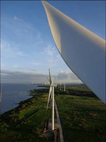 Inauguran Eolo, la tercera planta eólica del país