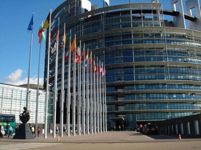 El Parlamento Europeo investigará la retroactividad FV en España