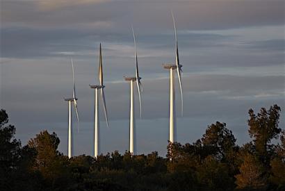 RTVE seguirá consumiendo electricidad renovable de Acciona
