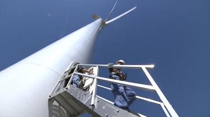 A los trabajadores de mantenimiento eólico cumplir años les pasa factura