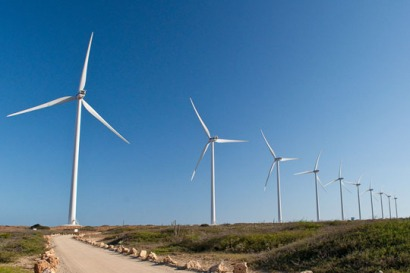 Primeros parques eólicos a gran escala en Perú