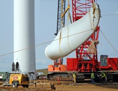 La industria renovable lanza una gran alianza eólica-solar