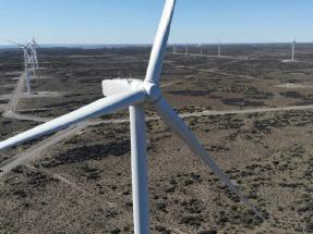 La petrolera francesa Total conecta en Argentina un parque de 50 megavatios
