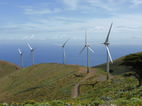 Álvaro Nadal: cuantas más renovables haya en Canarias, mejor