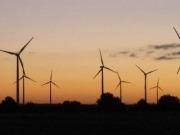 La potencia eólica aumentó en 175 MW en 2013, el menor ritmo de crecimiento en 16 años