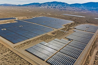 Bloomberg pronostica para 2018 una caída acumulada de alrededor del 30% en el precio de los paneles solares