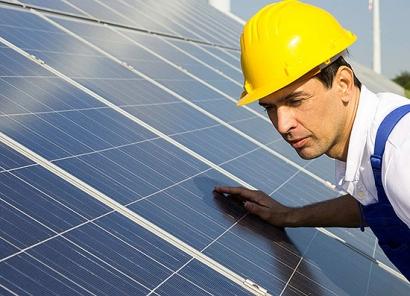 El mantenimiento renovable crea empleo local y estable