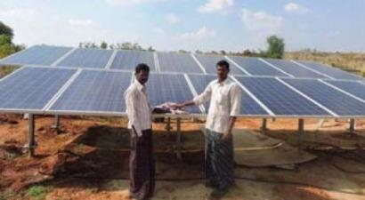 La Fundación Vicente Ferrer pone en marcha en la India la instalación fotovoltaica financiada por SUD Cooperació