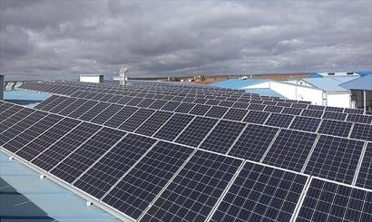 800 kW de autoconsumo fotovoltaico en tres fases