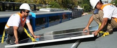 Por primera vez instalan paneles fotovoltaicos en una estación de tren