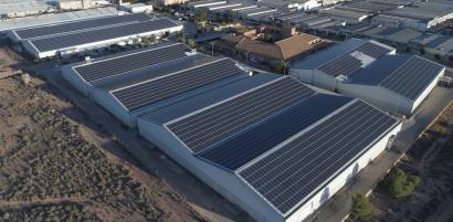 Fotovoltaica - Athenea cumple un año - Energías Renovables, el periodismo  de las energías limpias.